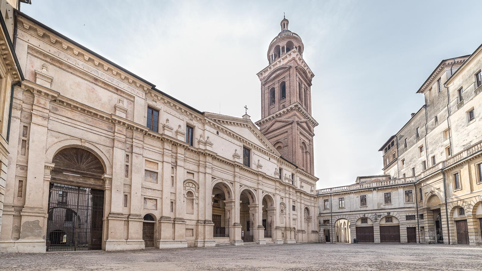 piazza-santa-barbara